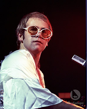 http://petegriffin.files.wordpress.com/2012/03/elton-john-1970.jpg